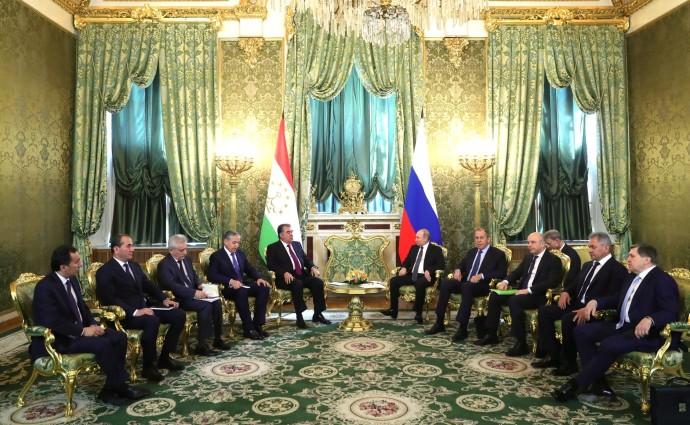 Беседа с Президентом Таджикистана Эмомали Рахмоном