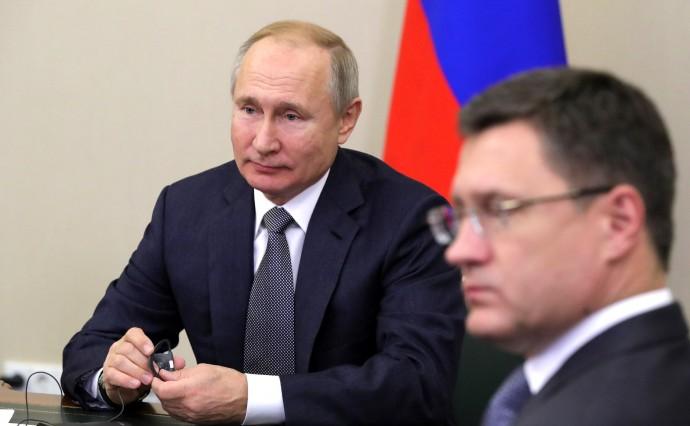 Президент с Министром энергетики Александром Новаком