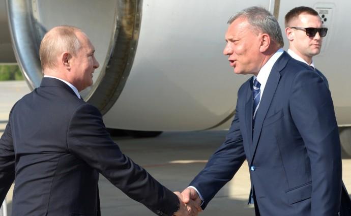 Президент РФ и заместитель Председателя Правительства Юрий Борисов