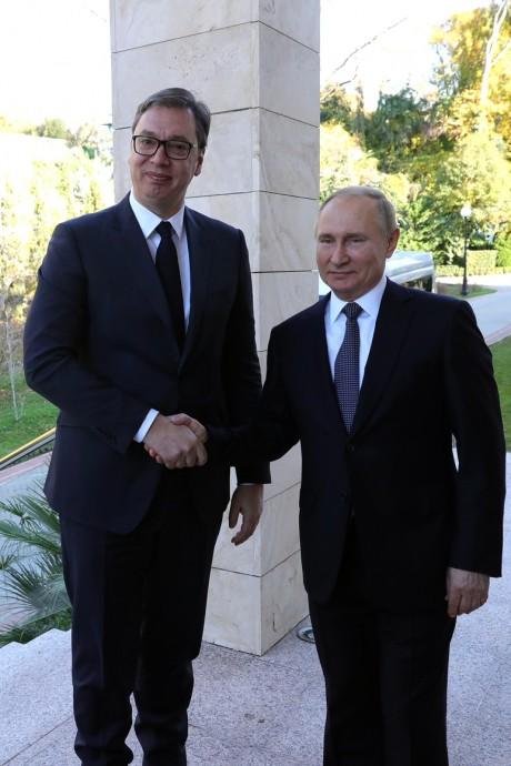 Приветствие Путина и Вучича