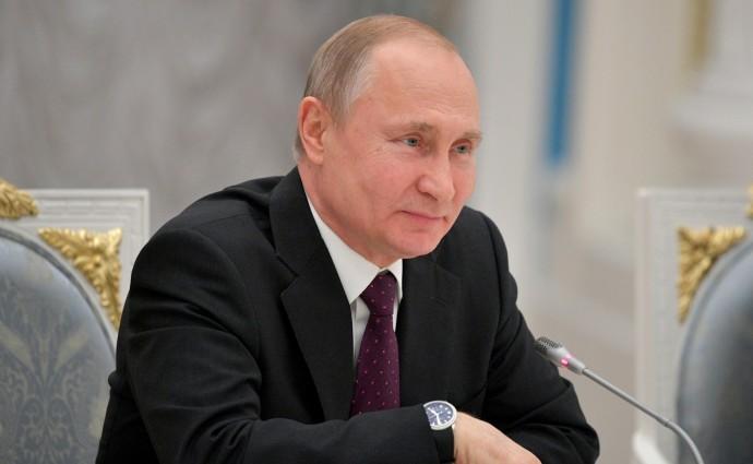 Путин общается с топ-менеджерами Франции