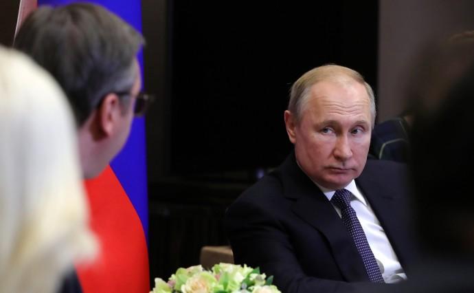Путин слушает Вучича