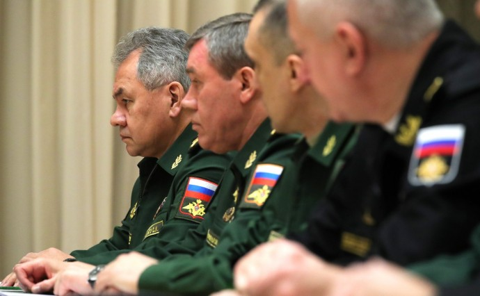 Представители Министерства обороны и предприятий оборонно-промышленного комплекса