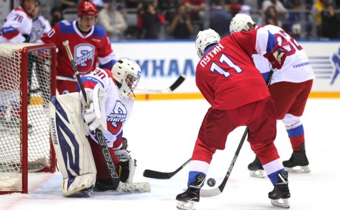 Президент РФ замыкает атаку команды