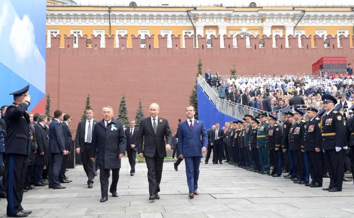 Владимир Путин с Дмитрием Медведевым и Нурсултаном Назарбаевым