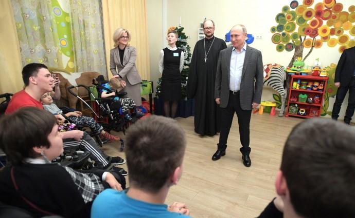 Владимир Путин поздравил сотрудников и пациентов детского хосписа