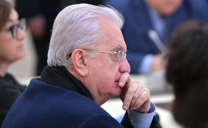 Михаил Пиотровский на совещании