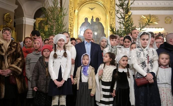 Визит Путина в Спасо-Преображенский собор