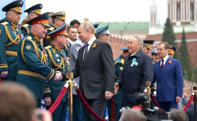 Владимир Путин перед началом Парада Победы