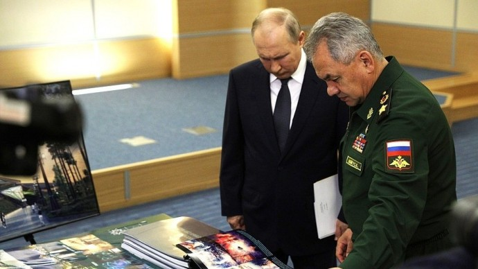 Видео со встречи Владимира Путина сСергеем Шойгу 27 мая 2021 года