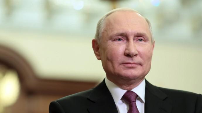 Видеообращение Путина кучастникам Дрезденского оперного бала вСанкт-Петербурге 4 сентября 2021 года