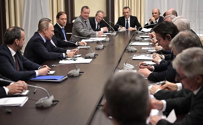 Встреча Президента РФ спредставителями Экономического совета ассоциации «Франко-российская торгово-