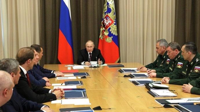 Видео: Выступление Путина на совещании сруководством Минобороны 25 мая 2021 года