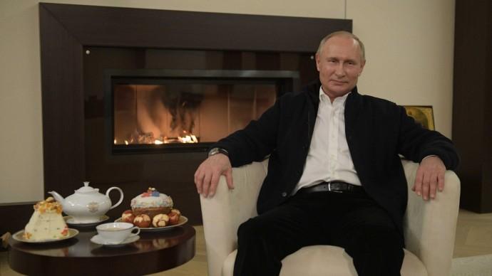 Видео: поздравление Путина спраздником Пасхи
