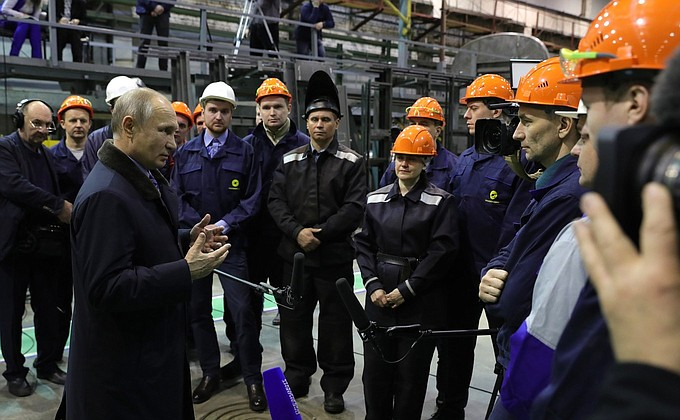 Владимир Путин на Тверском вагоностроительном заводе