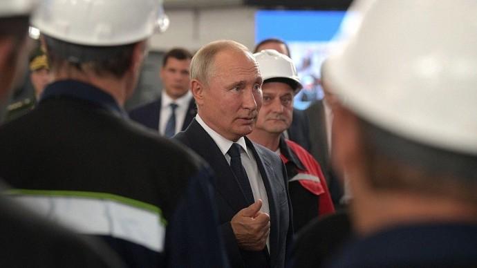 Видео беседы Путина сработниками судостроительного завода «Залив» 20 июля 2020 года