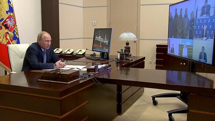 Видео совещания Путина оходе ликвидации последствий разлива дизельного топлива вКрасноярском крае