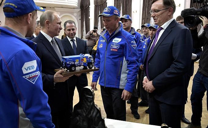 Встреча Президента РФ скомандой «КамАЗ-мастер»